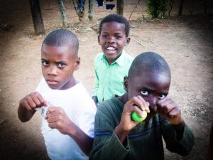 Dominican kids posing