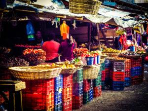 colourful-fruit-market